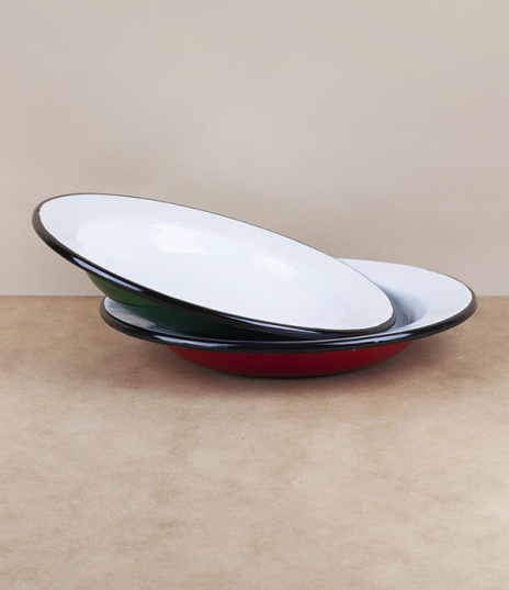 Approximately 24cm in diameter and 3.5cm in depth, vitreous enamel plates from Ukraine. Available in red or green. Fired in a traditional kiln, which ...