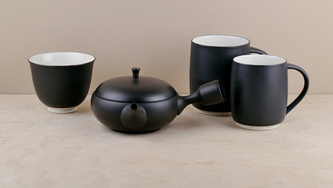 The Susumuya range of teaware