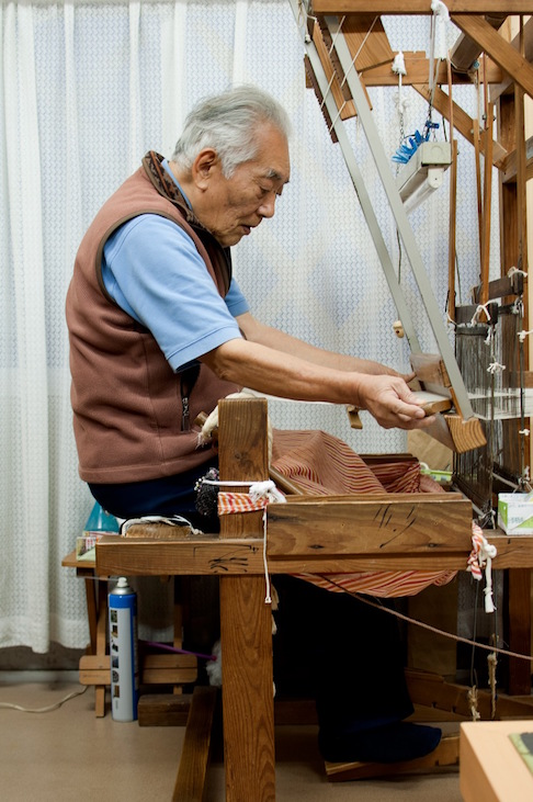 Weaving abacá cloth at Nakae Silk Works, in Kagoshima city, Kyushu.